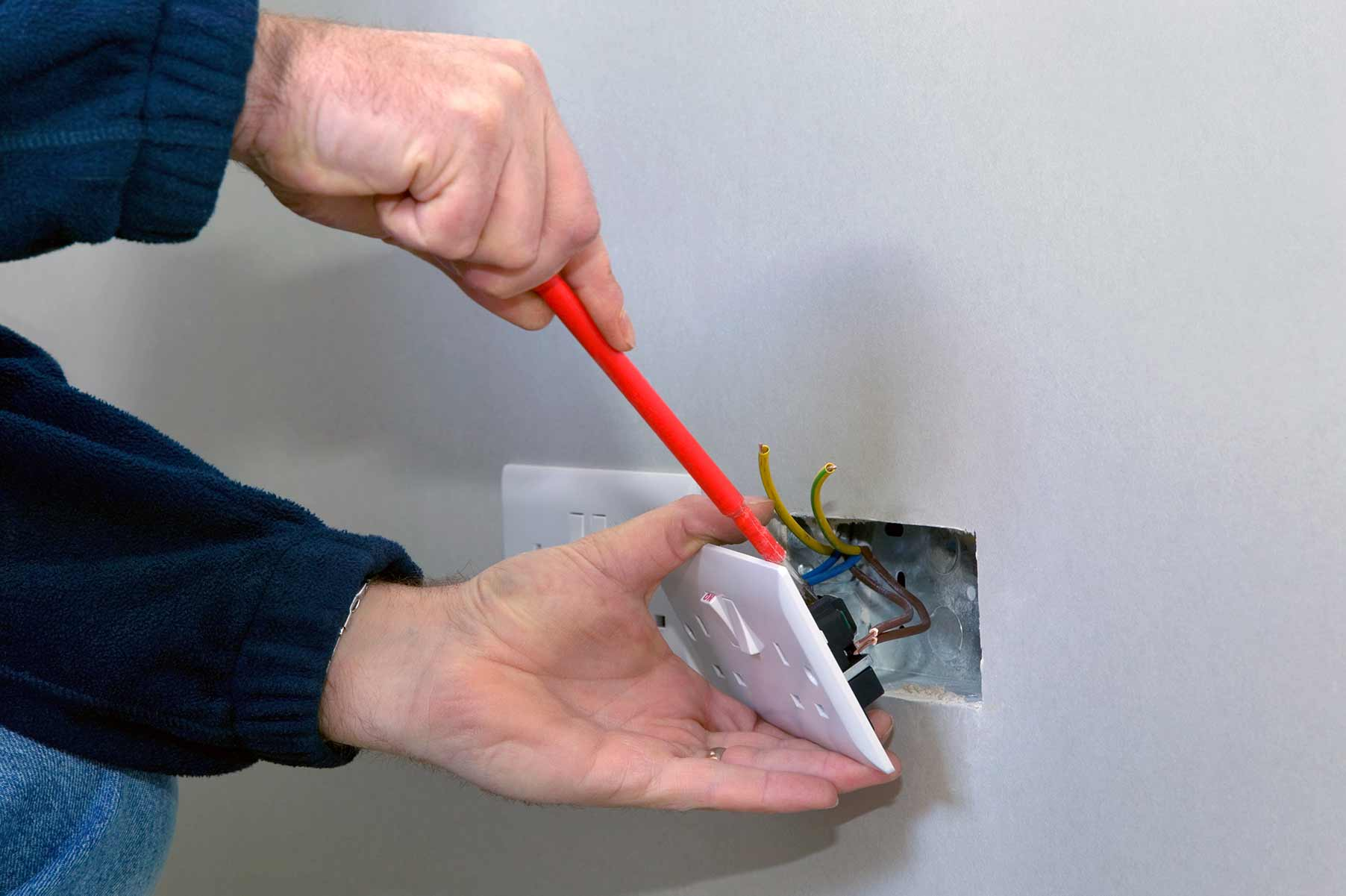 Our electricians can install plug sockets for domestic and commercial proeprties in Southend and the local area.